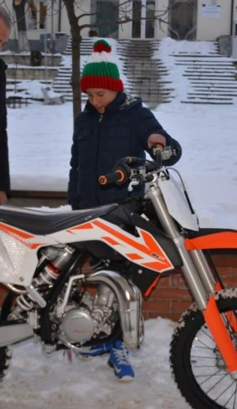 Кмет даде мотор за шампион на две колела, голяма надежда в мотокроса