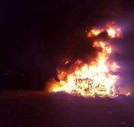 В Белица си мерят пламъците
