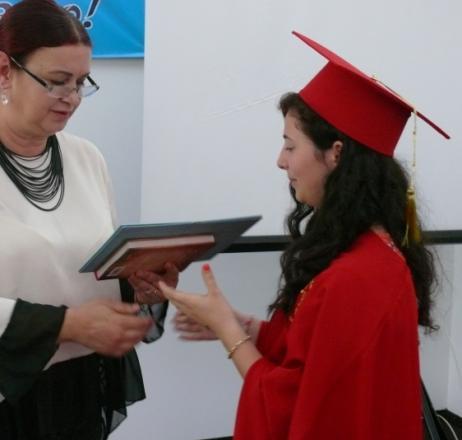 (видео) 141 зрелостници се дипломираха в Неврокопска професионална гимназия, 18 отличници