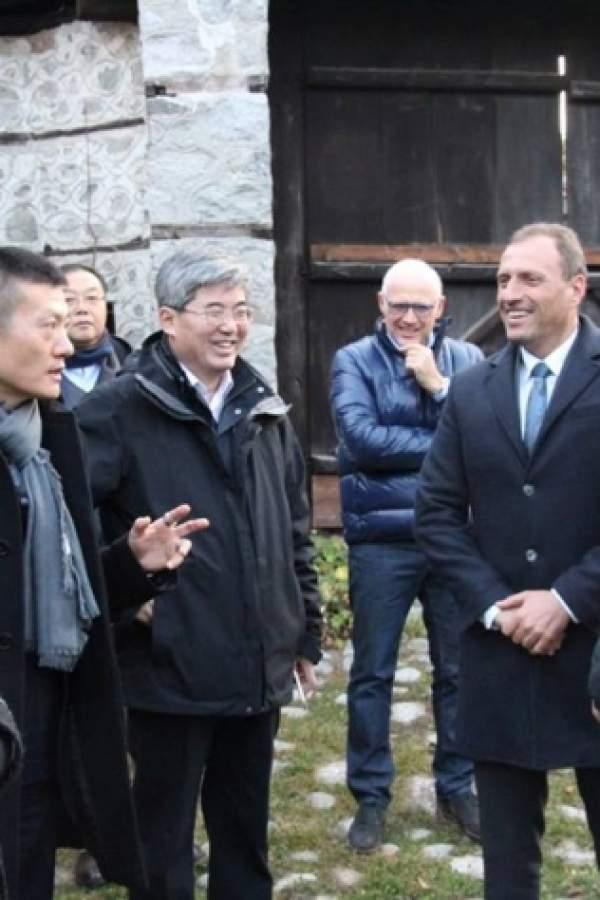 (снимки) Китайци се учат от Банско