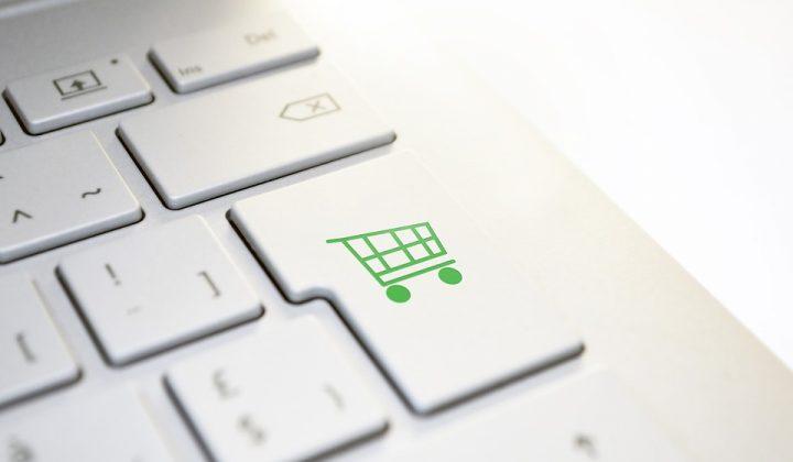 Търговията – вън от социалните мрежи!